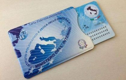 Angri, rilasciate le prime carte d'identità elettronica