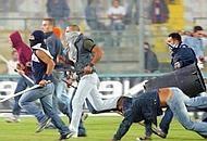 Angresi aggrediti a Cava de' Tirreni