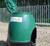 Compostiere per rifiuti in comodato gratuito a chi possiede un giardino o un orto