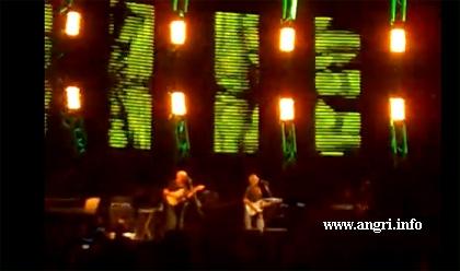In 16mila per Pino Daniele ed Eric Clapton, il trionfo del blues
