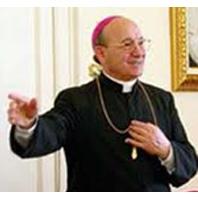 Migliorano le condizioni di salute del Vescovo Gioacchino Illiano