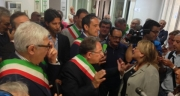 I Sindaci protestano davanti all'Asl di Salerno
