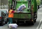 10 lavoratori a T.D. chiedono l'assunzione definitiva ad Angri Eco Servizi