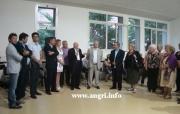 Cerimonia di consegna del televisore al Centro per Anziani da parte della FNP CISL Pensionati di Salerno.