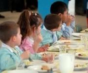 Angri, altra proroga per il servizio di mensa scolastica