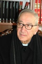 E' morto Mons. Mario Vassalluzzo