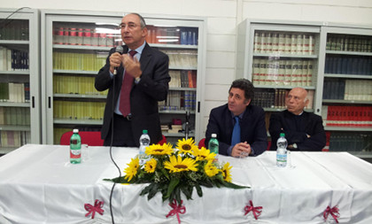 Il prefetto umberto postiglione ha incontrato gli studenti for Liceo umberto palermo